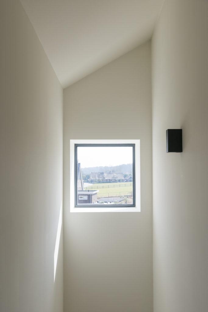 vrijstaande woning in baksteen - interieur - overloop uitzicht